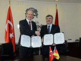 Konya-Hannover kardeş şehir ön protokolü imzalandı