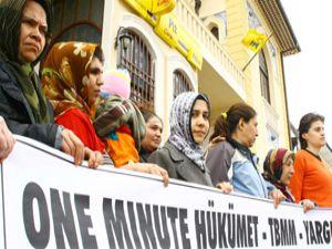Konyada One Minuteli protesto
