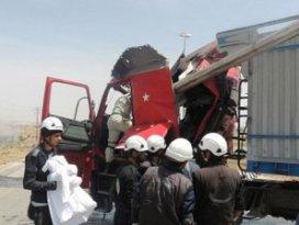 Suriye Uçakları Türk Tırını Vurdu