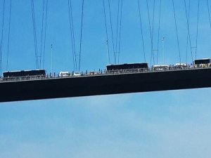 Boğaziçi Köprüsünü kilitleyen kaza!