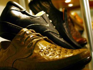 Umutlar yazlık ayakkabıda
