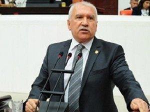 CHPli vekilden Sabahat Akkiraza istifa tepkisi