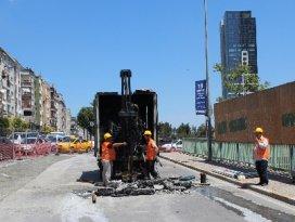 Marmaray çalışmaları sırasında yol çöktü