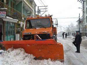 Derebucakta okullar tatil