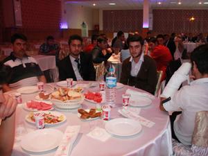 Seydişehir İmam Hatip Lisesi mezunları yemekte buluştu