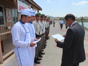 Aşçı yardımcısı jandarma personeli sertifikalarını aldı