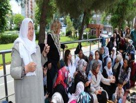 Ağrılı annelerden BDPli Sakıka tepki