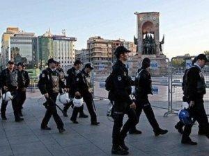 Kapatılan Taksim ve Gezi Parkı açıldı
