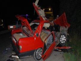 Takla atan otomobil hurdaya döndü: 2 yaralı