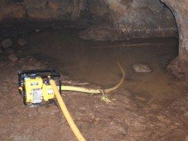 Evin altındaki mağarada zehirlenen 2 kişi öldü