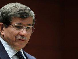 Davutoğlu: Türk şoförler serbest