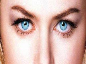 Göz rengini söyle hastalığını söyleyeyim
