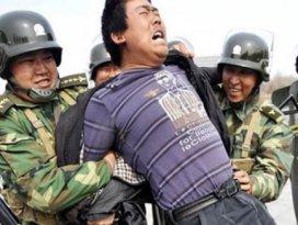 Uygurlara çip işkencesi