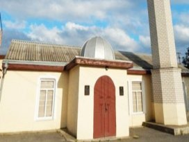 Kırımda camiye molotoflu saldırı