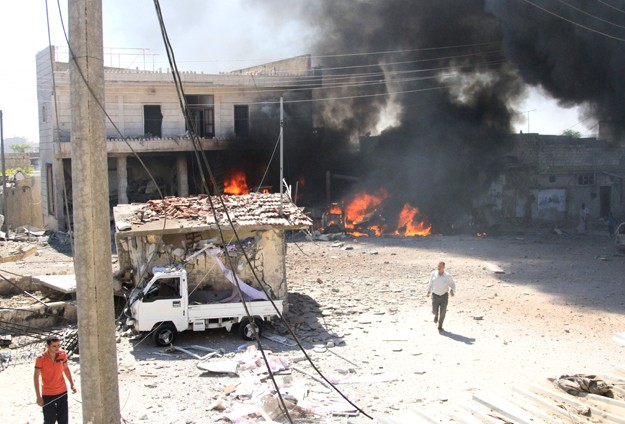 Suriyede varil bombalı saldırıda 36 kişi öldü