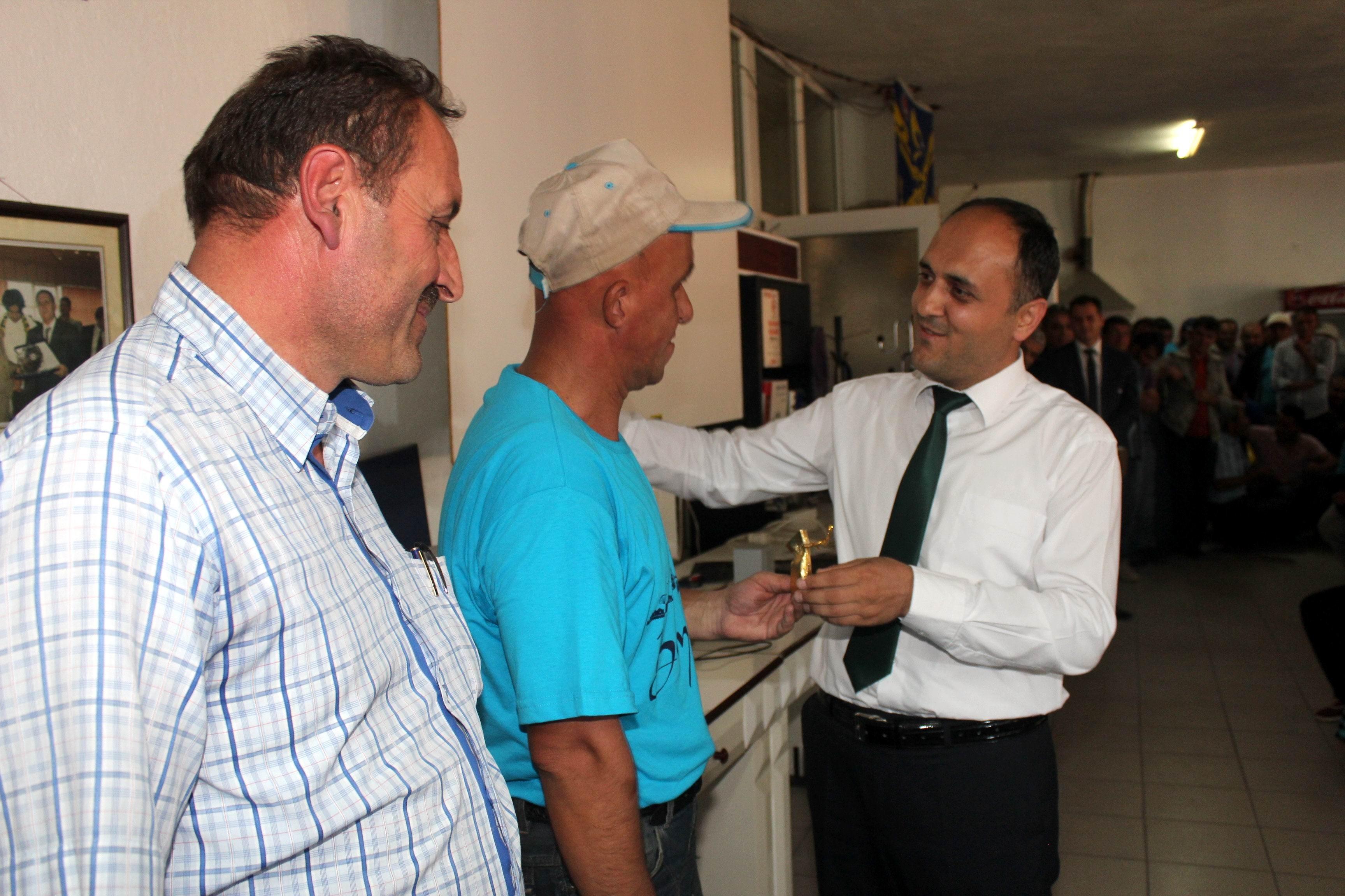 Beyşehir Belediyesinden başarılı personele ödül