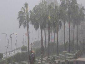 ABDde şiddetli fırtına ve hortum: 1 ölü