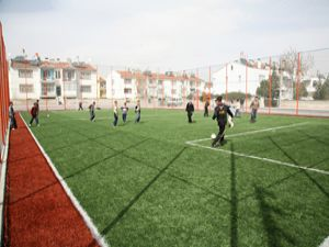 Suni çim sahalar Konyada yaygınlaşacak