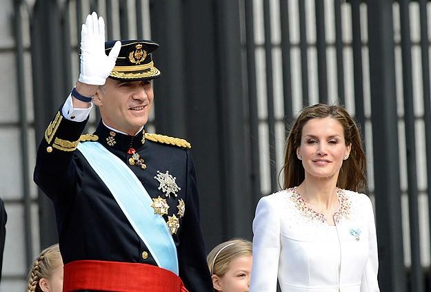 İspanyada Kral 6. Felipe dönemi başladı