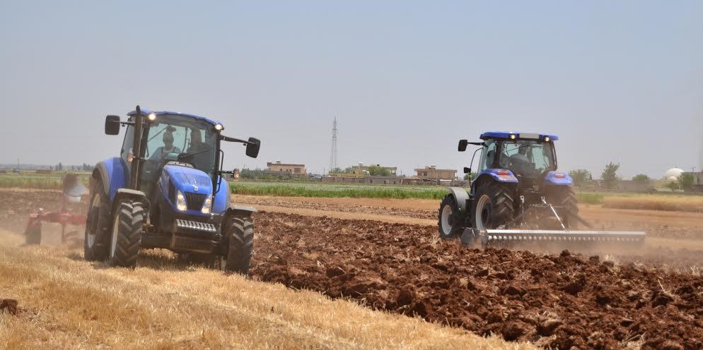 Türk Traktör çiftçilere ürünlerini tanıttı