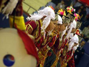 Konya da halk oyunları yarışması
