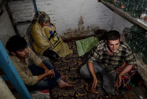 Ukraynada sığınakta geçen yaşamlar
