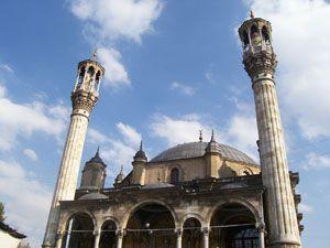 Bu camiler tarih kokuyor