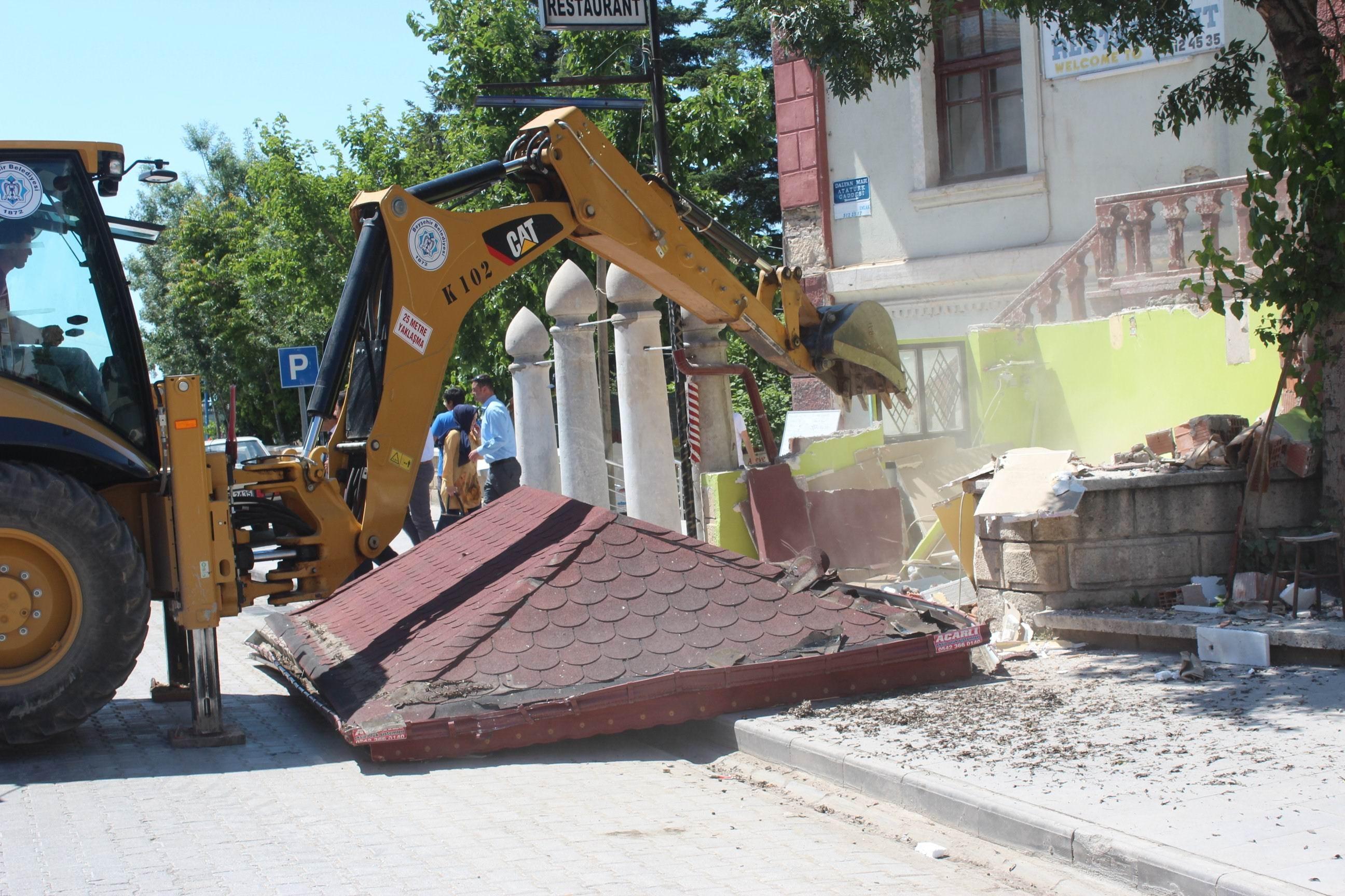 Beyşehirde görüntü kirliliğine engel