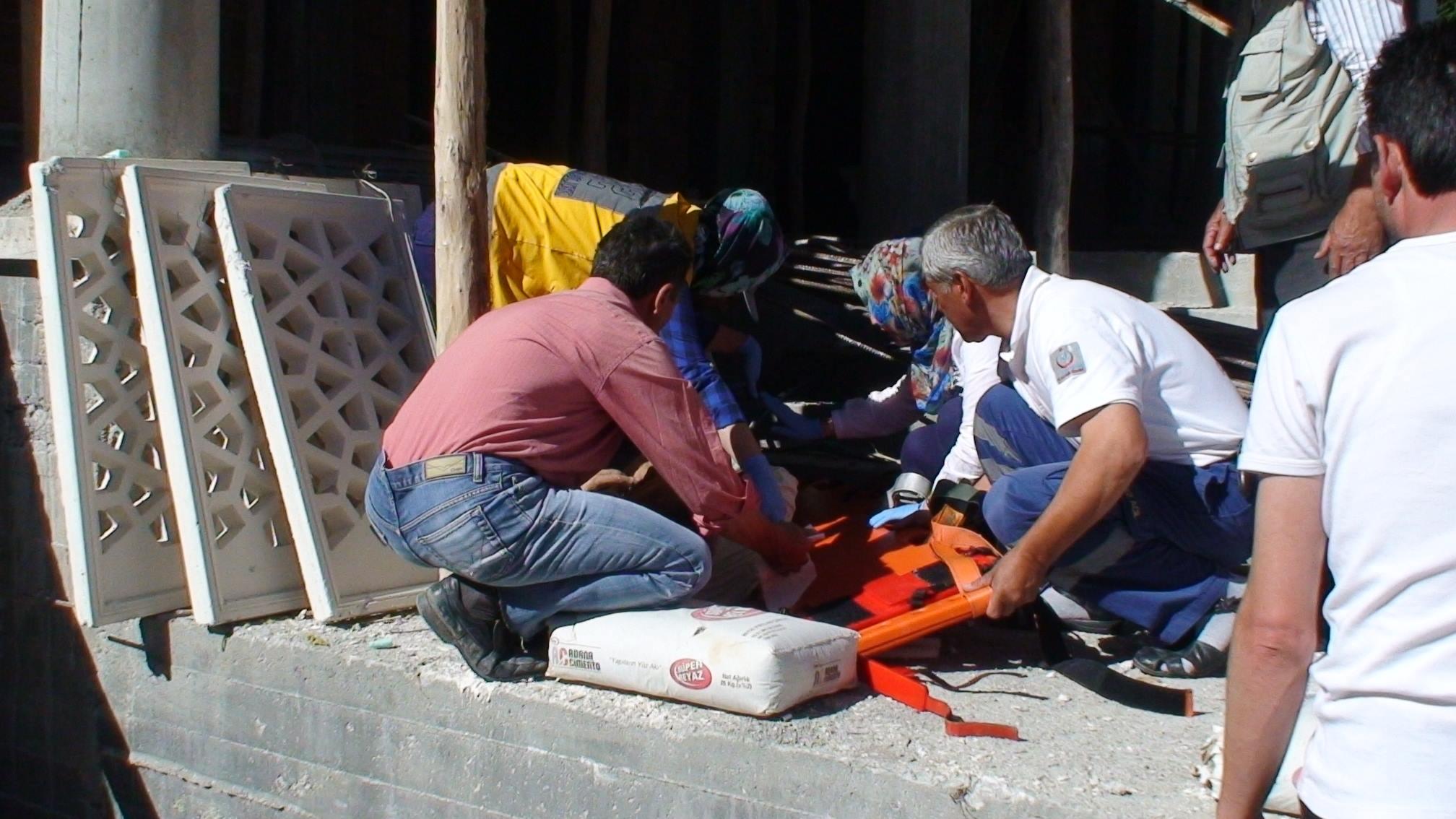 Ereğlide camii inşaatı çöktü :1 yaralı