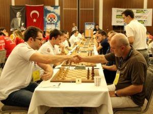 Konyada satranç heyecanı sürüyor