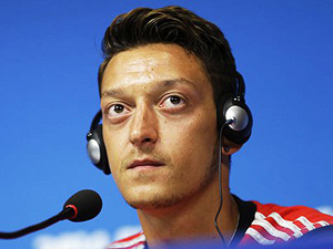 Mesut Özil oruç tutacak mı?