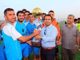 Yunakta futbol turnuvası