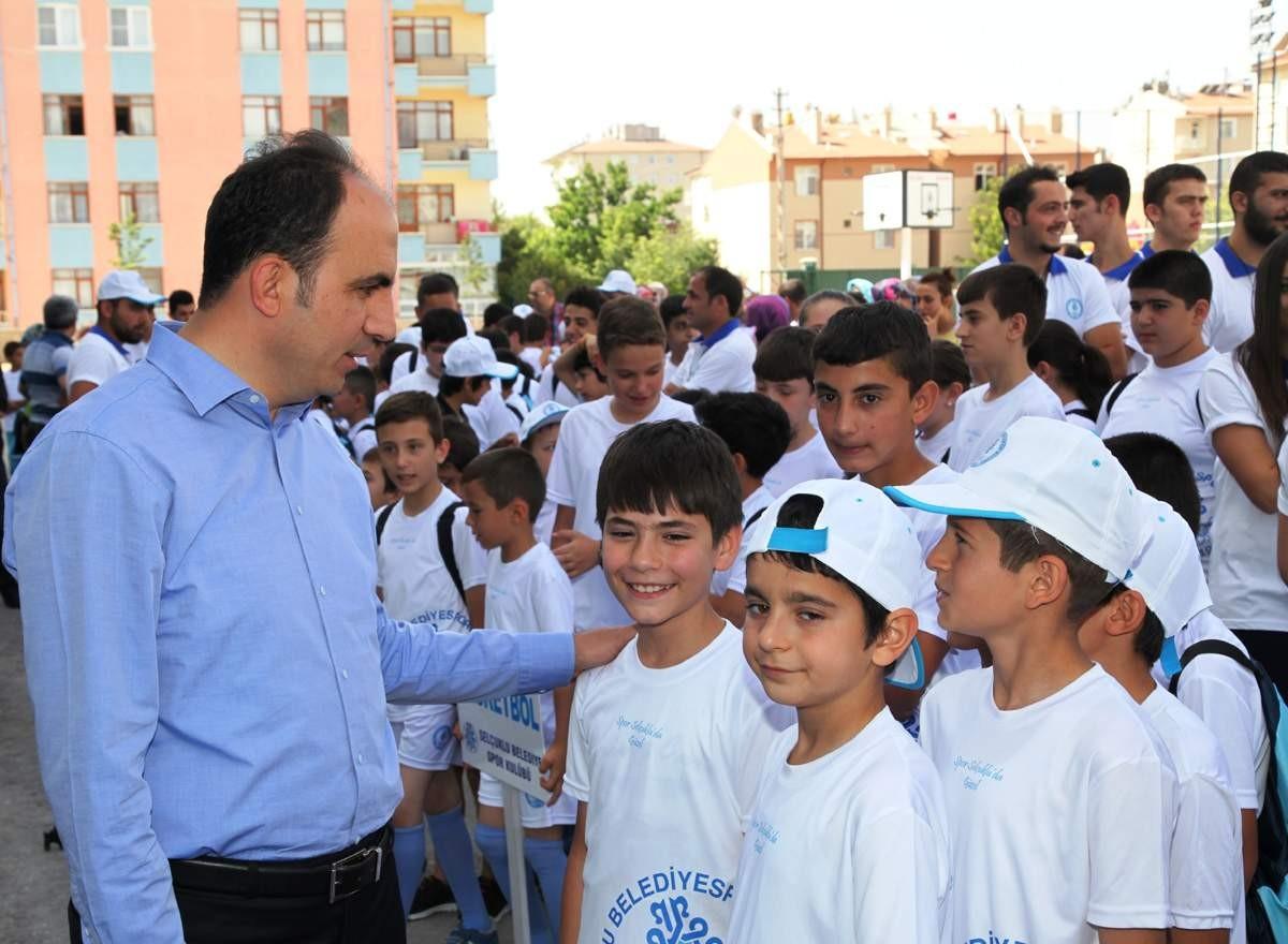 Selçukluda  yaz spor okulları açıldı