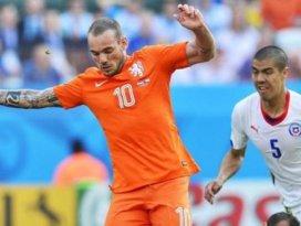 Sneijder gitti gidiyor
