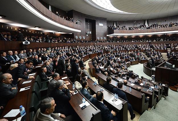Erdoğanın adaylık dilekçesi TBMMye sunuldu