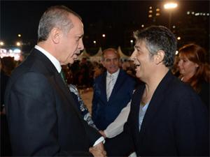 Erdoğan ünlü sanatçıyla sahur yaptı
