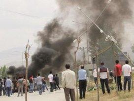 İran PKKlı vurdu Başkale karıştı