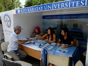 Konya'da üniversite adaylarına tercih standı