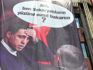 Erdoğanın mitinginde Hakan Şükür pankartı