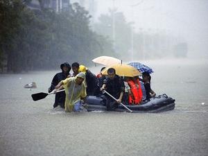Şiddetli yağışlar nedeniyle 18 kişi öldü