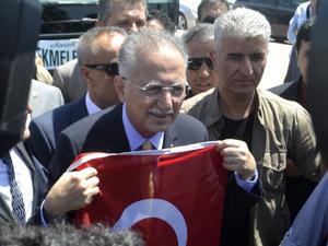 Cumhurbaşkanı adayı İhsanoğlu Konya'da