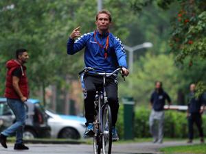 Torku Konyaspor antrenmana bisikletle gidiyor