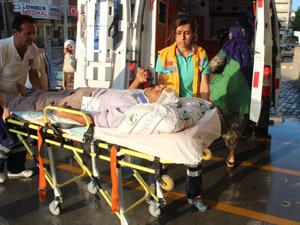 Tarım işçilerini taşıyan minibüs devrildi: 5 yaralı