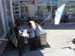 Beyşehir'de İsrail bayrakları yakıldı