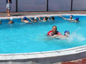 İlk yüzme havuzu törenle açıldı