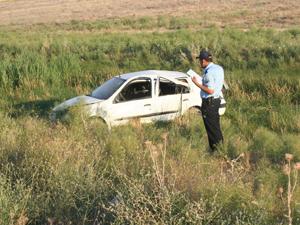Otomobil yoldan çıktı: 5 yaralı