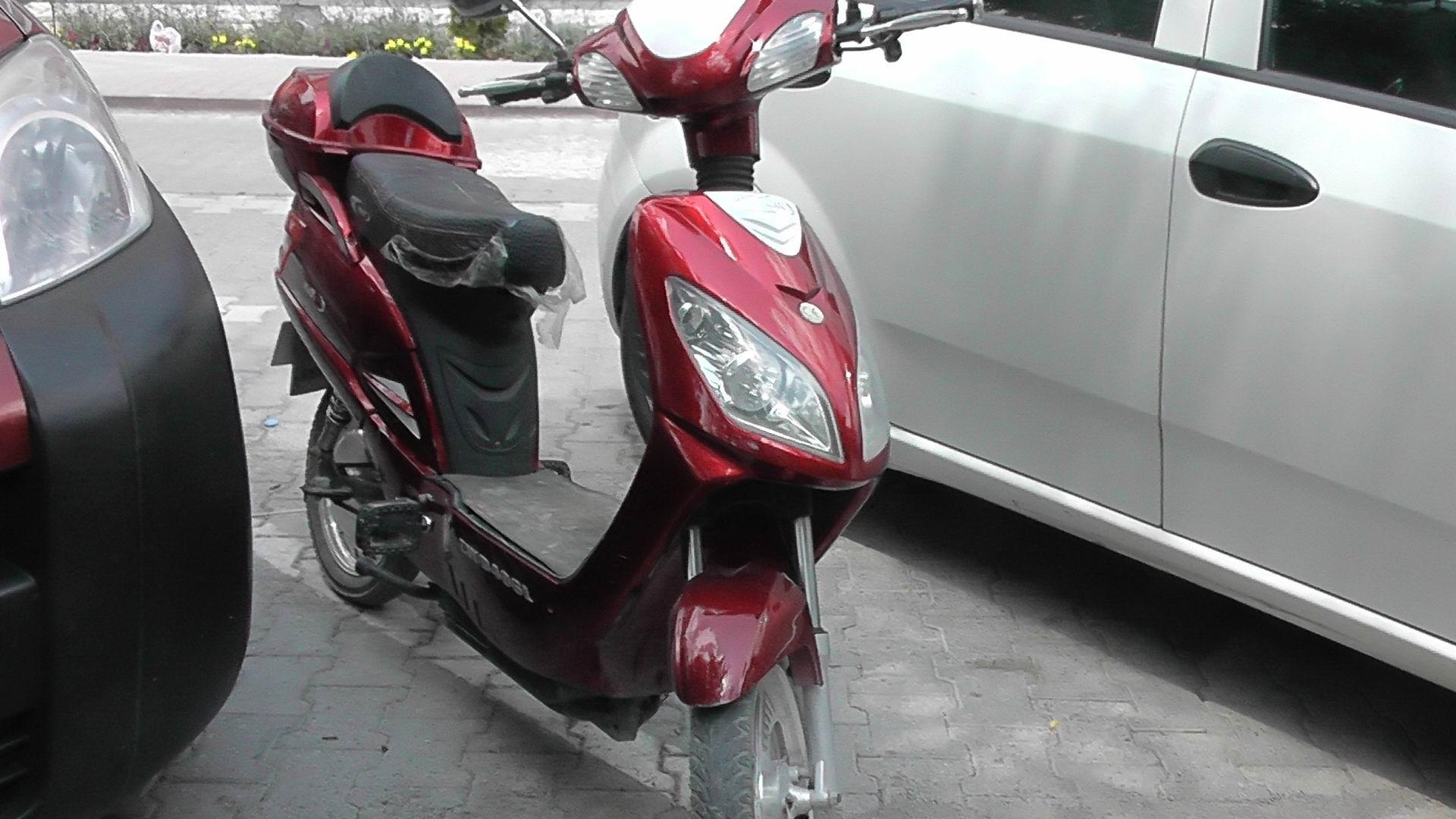 Cami imamının elektrikli bisikletini çaldılar