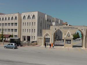 Beyşehir'de 368 öğrenci üniversiteli oldu