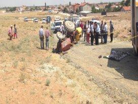 Traktör devrildi, 12 yaşındaki çocuk öldü