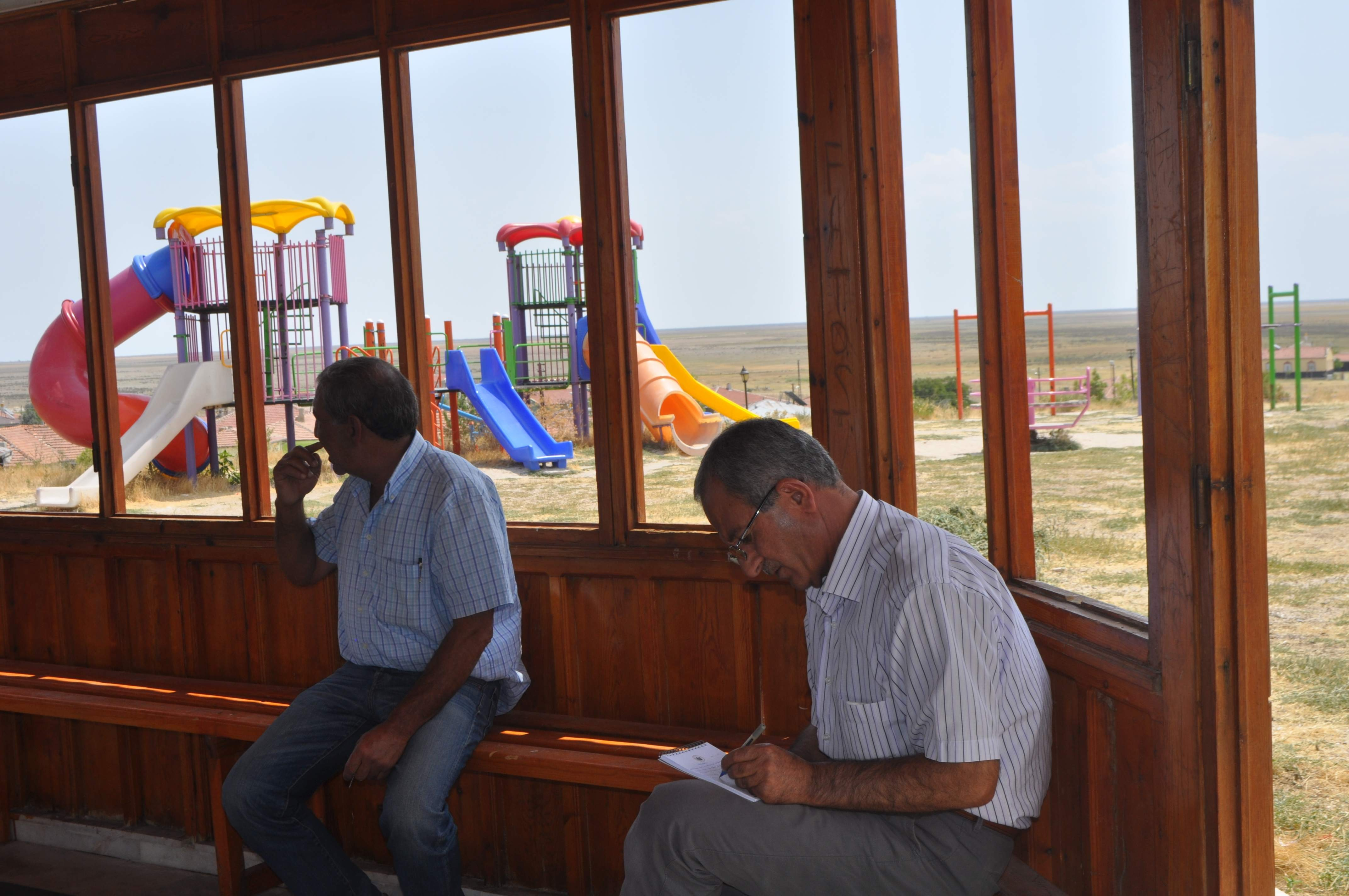 Cihanbeyli'de mahallelere park yapılacak